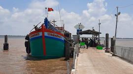 Bến Tre: Quy hoạch, xây dựng cảng cá và khu tránh trú bão cho tàu cá