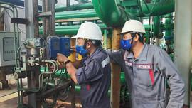 Thợ điện EVNGENCO 3: Thầm lặng gìn giữ nguồn điện trong 'mùa dịch'