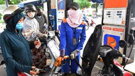 Petrolimex giảm giá xăng dầu tại 23 tỉnh thành đang thực hiện Chỉ thị 16