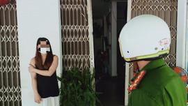Đà Nẵng: Vi phạm giãn cách đặc biệt, chủ quán cà phê và người mua bị phạt 22,5 triệu đồng