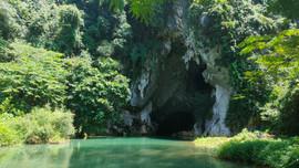 Bảo tồn nhà sàn phát triển du lịch gắn với bảo vệ môi trường sinh thái