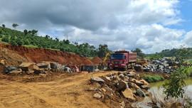 Đắk Nông: Xử phạt 45 triệu đồng vụ khai thác đá cây trái phép