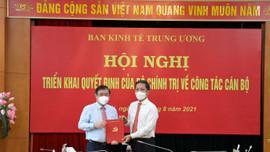 Trao quyết định phân công Phó Trưởng ban Kinh tế Trung ương đối với ông Nguyễn Thành Phong