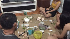 Nghệ An: Đề nghị xử phạt gần 70 triệu đồng 5 người nhậu nhẹt trong nhà nghỉ