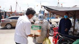 Bình Thuận: Lũ lớn trên sông Dinh, 29 tàu thuyền, xà lan bị chìm, cuốn trôi