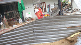 Quảng Nam: Nổ lớn làm sập nhà, khiến 2 vợ chồng tử vong