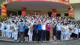 Quảng Ninh cử 500 cán bộ, nhân viên y tế lên đường tham gia chống dịch tại TP.Hà Nội