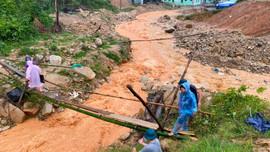 Quảng Nam: Đảm bảo lương thực cho vùng bị sạt lở, cô lập do lũ lớn