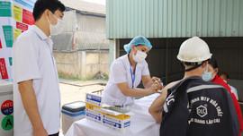 Lào Cai: Tiếp nhận thêm hơn 11.000 liều vắc xin phòng covid-19