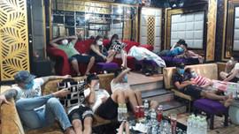 Quảng Nam: Phát hiện 53 người phê ma túy trong quán karaoke