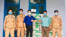 Tuổi trẻ Nhà máy Nhiệt điện Vĩnh Tân 4 ủng hộ người dân chịu ảnh hưởng dịch Covid-19
