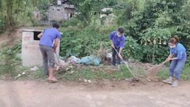 Mai Sơn (Sơn La): 8/21 xã thực hiện thu gom rác thải tập trung