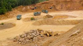 Thanh Hóa: Đóng cửa mỏ đất xã Hà Vinh
