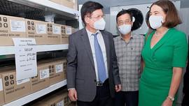 Australia cam kết hỗ trợ Việt Nam thêm 3,7 triệu liều vaccine
