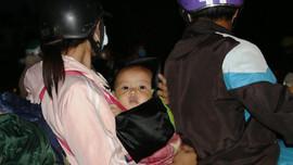 """Hàng trăm người """"Bắc tiến"""" đi qua Đà Nẵng được CSGT dẫn đường"""