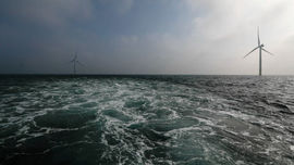 Cần tăng đầu tư vào năng lượng sạch gấp ba lần để hạn chế biến đổi khí hậu