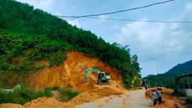 Thanh Hóa: Chủ tịch xã cho lấy hàng nghìn mét khối đất phục vụ công trình