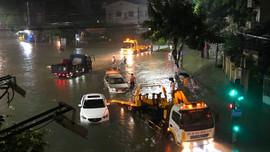 Quảng Ngãi: Mưa lớn vượt mức kỷ lục năm 2009, sơ tán hàng nghìn hộ dân