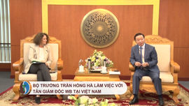 Bộ trưởng Trần Hồng Hà làm việc với tân Giám đốc WB tại Việt Nam