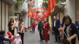 Người dân Hà Nội rộn ràng dọn dẹp môi trường đón tết Tân Sửu