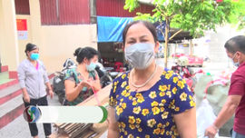 Khi phụ nữ chung tay giảim rác thải nhựa
