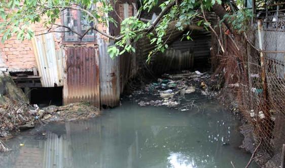 Sẽ lắp camera giám sát, ngăn người dân vứt rác trên kênh rạch
