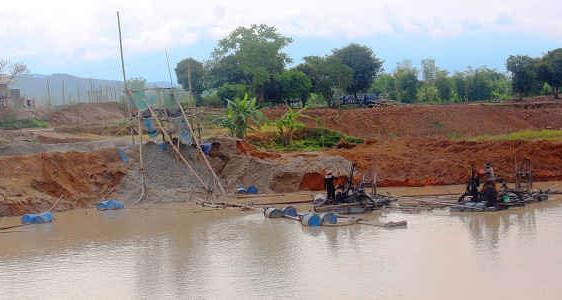 Điện Biên: Nhiều khó khăn trong quản lý khai thác cát, sỏi