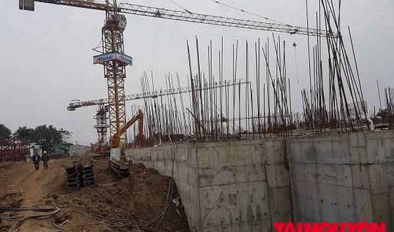 Long Biên - Hà Nội: Dự án Chung cư Ruby City CT3 Phúc Lợi thi công làm sụt lún đường giao thông