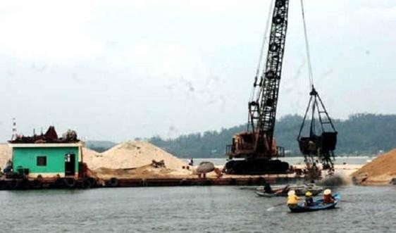 Quảng Ngãi: Nạo vét, thông luồng tại cảng cá Tịnh Kỳ.