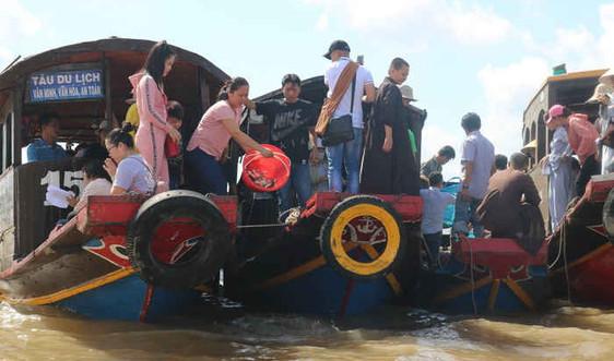 Bến Tre: Tiếp tục thả cá giống bảo vệ nguồn lợi thủy sản