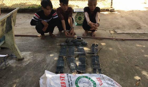 Đồn Biên phòng Bình Châu bắt quả tang vụ trộm cắp tài sản trên tàu cá