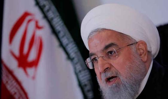 Iran: Động đất làm hơn 700 người bị thương, Tổng thống Rouhani yêu cầu cứu trợ