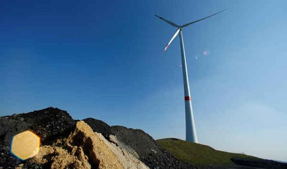 Đức sẽ tăng sản lượng điện gió và mặt trời thêm 8 GW trong 3 năm tới