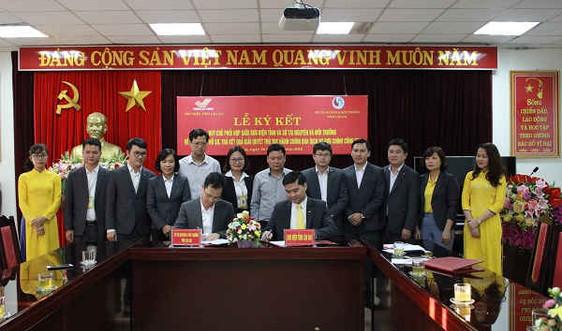 Lào Cai giải quyết thủ tục hành chính TN&MT qua dịch vụ bưu chính công