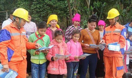 6.600 hộ dân Sơn La được cấp điện lưới quốc gia trước Tết