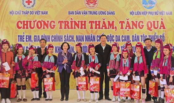 Trưởng Ban Dân vận Trung ương Trương Thị Mai thăm, chúc tết tại Quảng Ninh