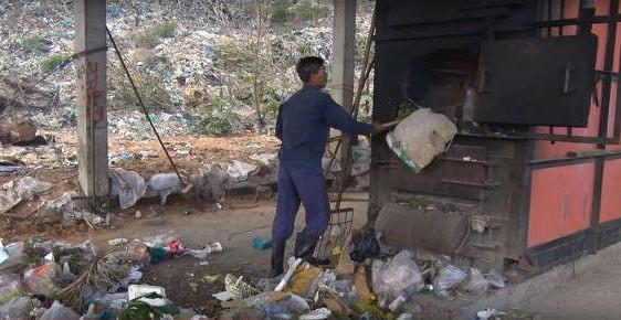 Chi hơn 35 tỉ đóng gói rác ở Côn Đảo về đất liền chôn lấp