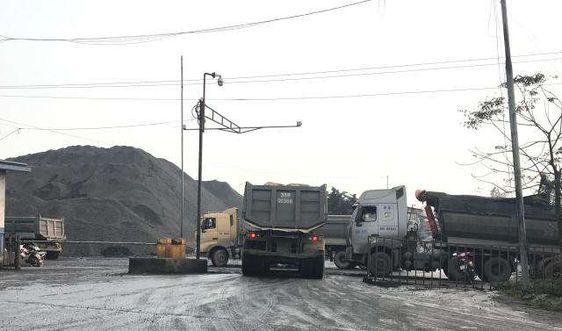 Ninh Bình: Bụi than bủa vây KCN Khánh Phú