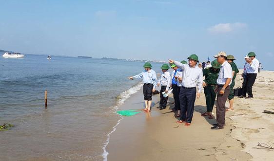 Sẽ theo dõi sát hiện tượng cồn cát nổi bất thường tại biển Cửa Đại, Hội An