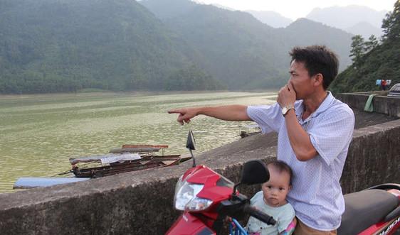 Đại Từ - Thái Nguyên: Cần sớm xác định nguyên nhân khiến nước hồ Vai Miếu đổi màu bất thường, bốc mùi hôi thối