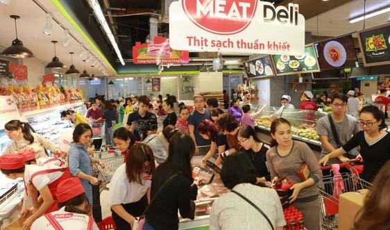 Thịt mát trở lại - Đông đảo bà nộitrợ Hà Nội chen chân tới mua