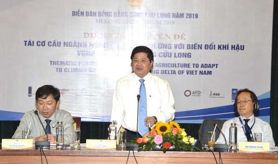 Tập đoàn Việt - Úc: Tham gia hội nghị tìm giải pháp nuôi tôm thích nghi với biến đổi khí hậu