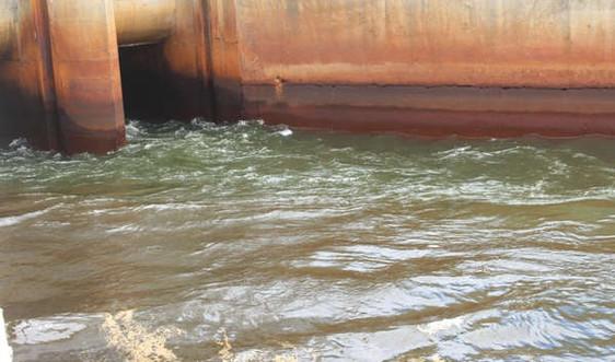 Làm rõ nguyên nhân gây ô nhiễm nước đập dâng Ngàn Trươi - Cẩm Trang