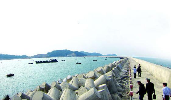 Thiết lập hành lang bảo vệ bờ biển: Cần đầu tư thích đáng