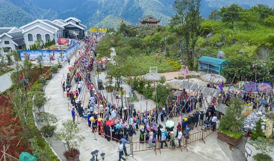 Fansipan xác lập kỷ lục với màn nhảy sạp có số người tham dự đông nhất Việt Nam