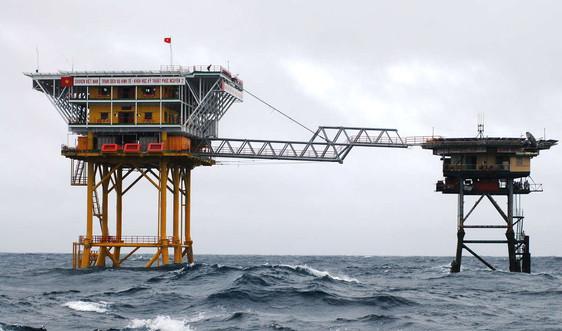 Bộ đội Hải quân triển khai phương án chống bão số 6