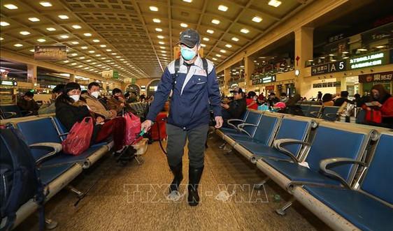 Vũ Hán - Trung Quốc: Đóng cửa sân bay, nhà ga, yêu cầu người dân không ra khỏi nhà