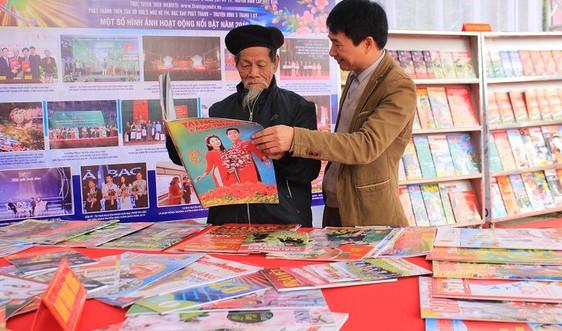 Thái Nguyên tổ chức Hội báo Xuân Canh Tý