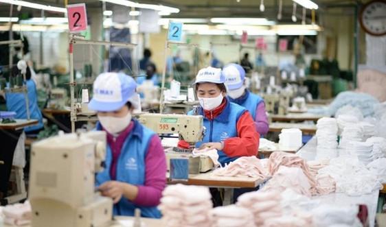Vinatex khẩn trương sản xuất khẩu trang kháng khuẩn với mức giá bình ổn