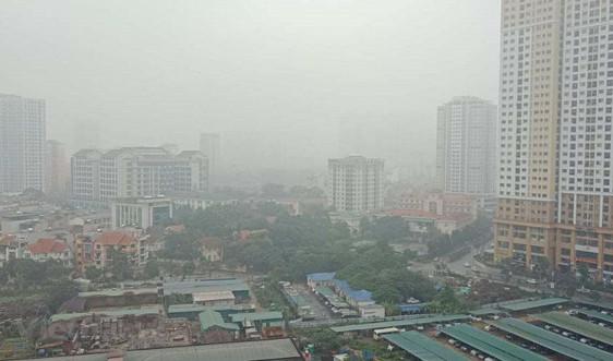 Chất lượng không khí Hà Nội xấu đi do ảnh hưởng điều kiện thời tiết